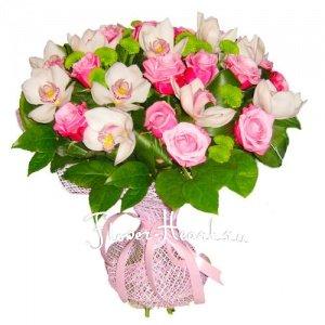 При желании вы можете заказать этот букет из орхидей в другой цветовой...
